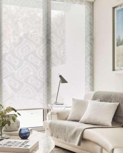 oller-blind-living-room